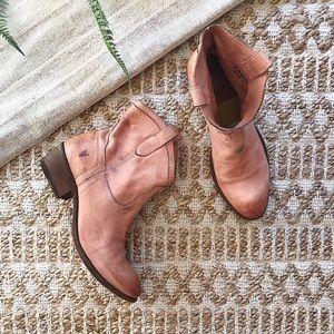 Frye Women's Billy Boot